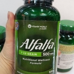 Vitamin World Alfalfa 500 mg / 500 Tablets MADE IN USA บรรจุ 500 เม็ด ทานง่าย เม็ดเล็กแบน อัลฟาฟ่า ช่วยย่อยอาหาร ปรับฮอร์โมน Alfalfa มีกรดอะมิโนที่จำเป็นกับร่างกายทำให้สนับสนุนด้านการย่อยอาหาร เป็นยาขับปัสสาวะทางธรรมชาติ ในสตรีวัยหมดประจำเดือนจะมีเอสโตรเจ