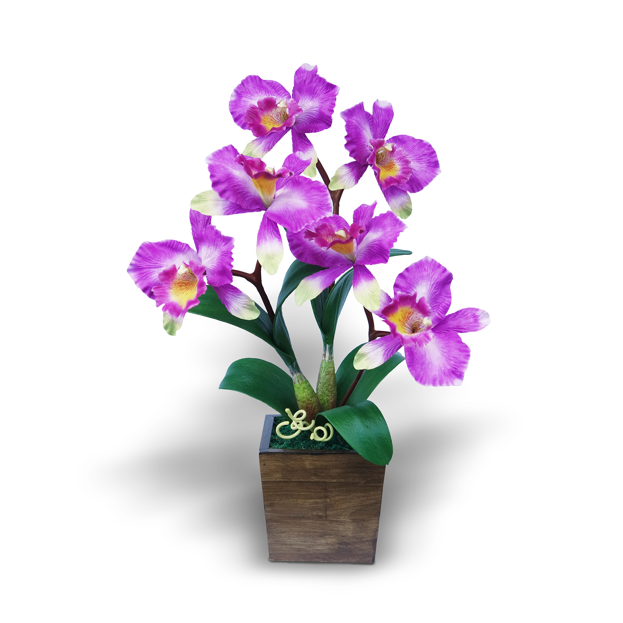 แจกันดอกไม้ประดิษฐ์ แคทลียา Cattleya สีออร์คิท ในแจกันไม้จริงสีโอ๊ค