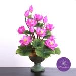 แจกันดอกบัวประดิษฐ์แฮนดิท็อพ เพื่อบูชาพระ ถวายวัด หรือเป็นของขวัญขึ้นบ้านใหม่ ดอกบัวหลวงขนาดใหญ่ 12 ดอก